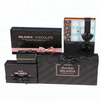Professional Custom magnetic closure luxury gift box with ribbon