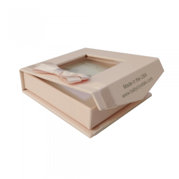 Pink magnetic lid small jewelry gift box with ribbon